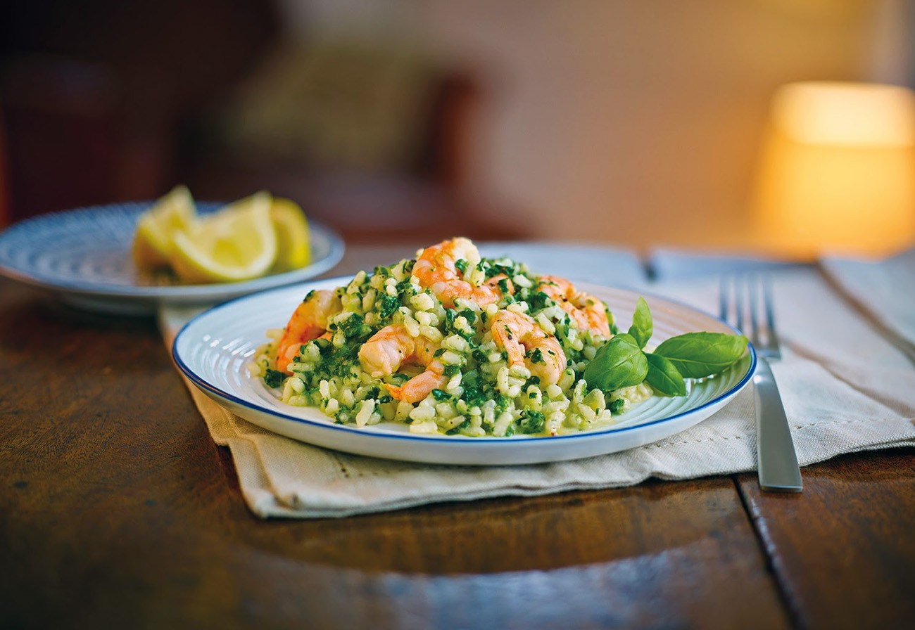 Risotto with spinach and prawns