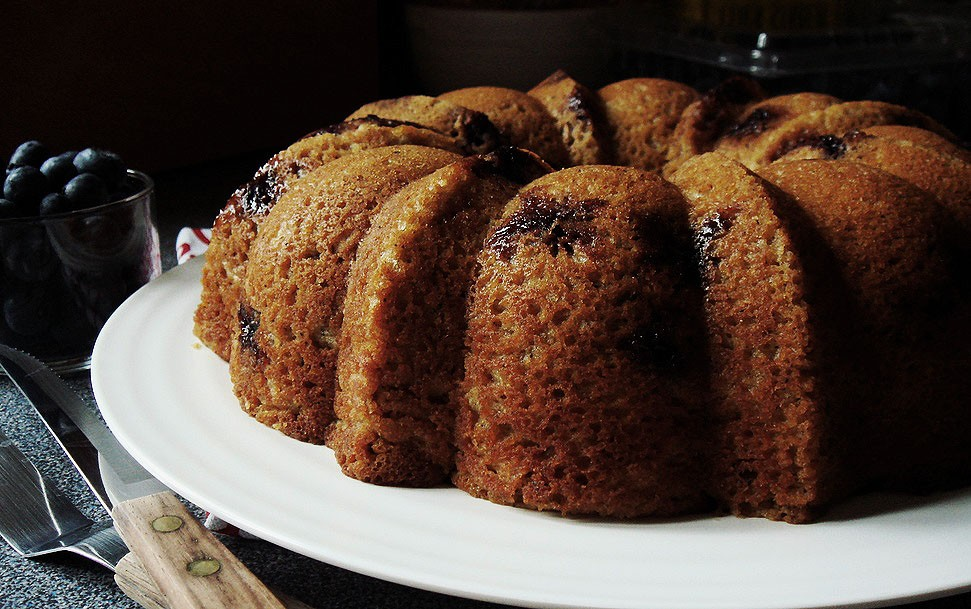 Cake with blueberry buckwheat flour